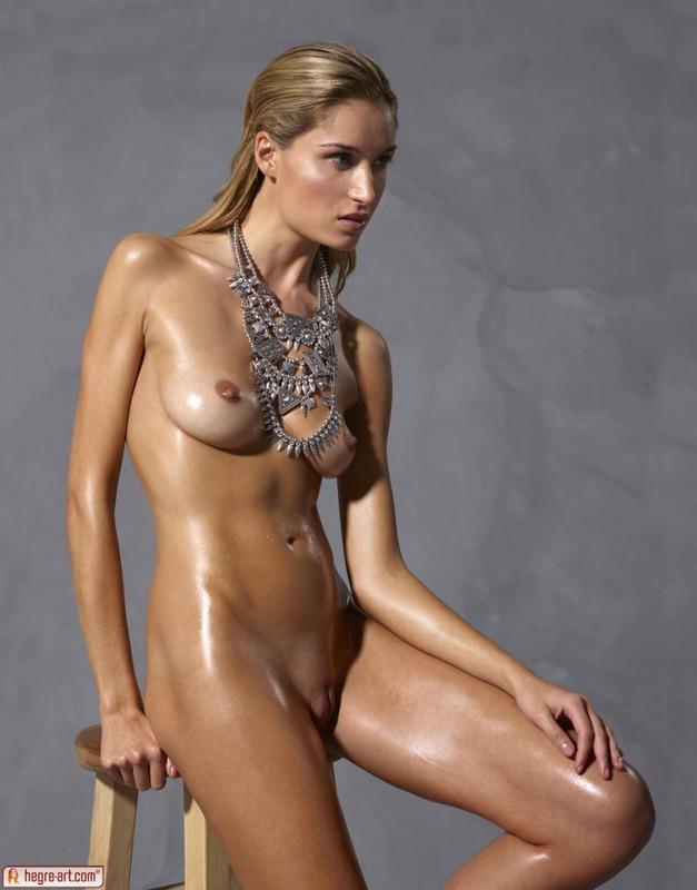 топ голых моделей фото